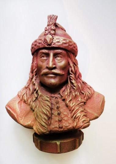 Statuetă Vlad Țepeș lucrată...
