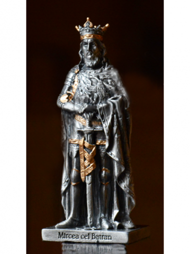 Statuetă Mircea cel Bătrân